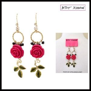 BETSEY JOHNSON ROSE & CRYSTAL STATEMENT EARRINGS